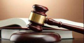 Marteau de juge en bois